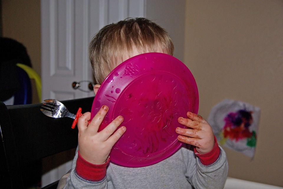 Waktu makan anak menyenangkan