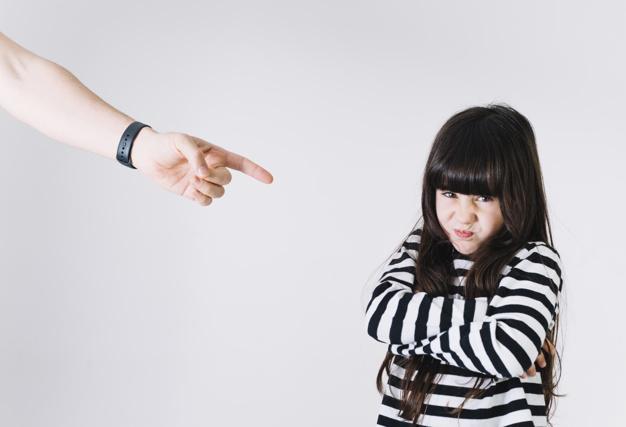 anak melawan orang tua